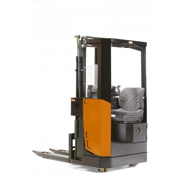 Электроштабелёр c кабиной и креслом SSIac