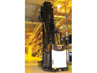 Узкопроходные роботкары AGV Rocla
